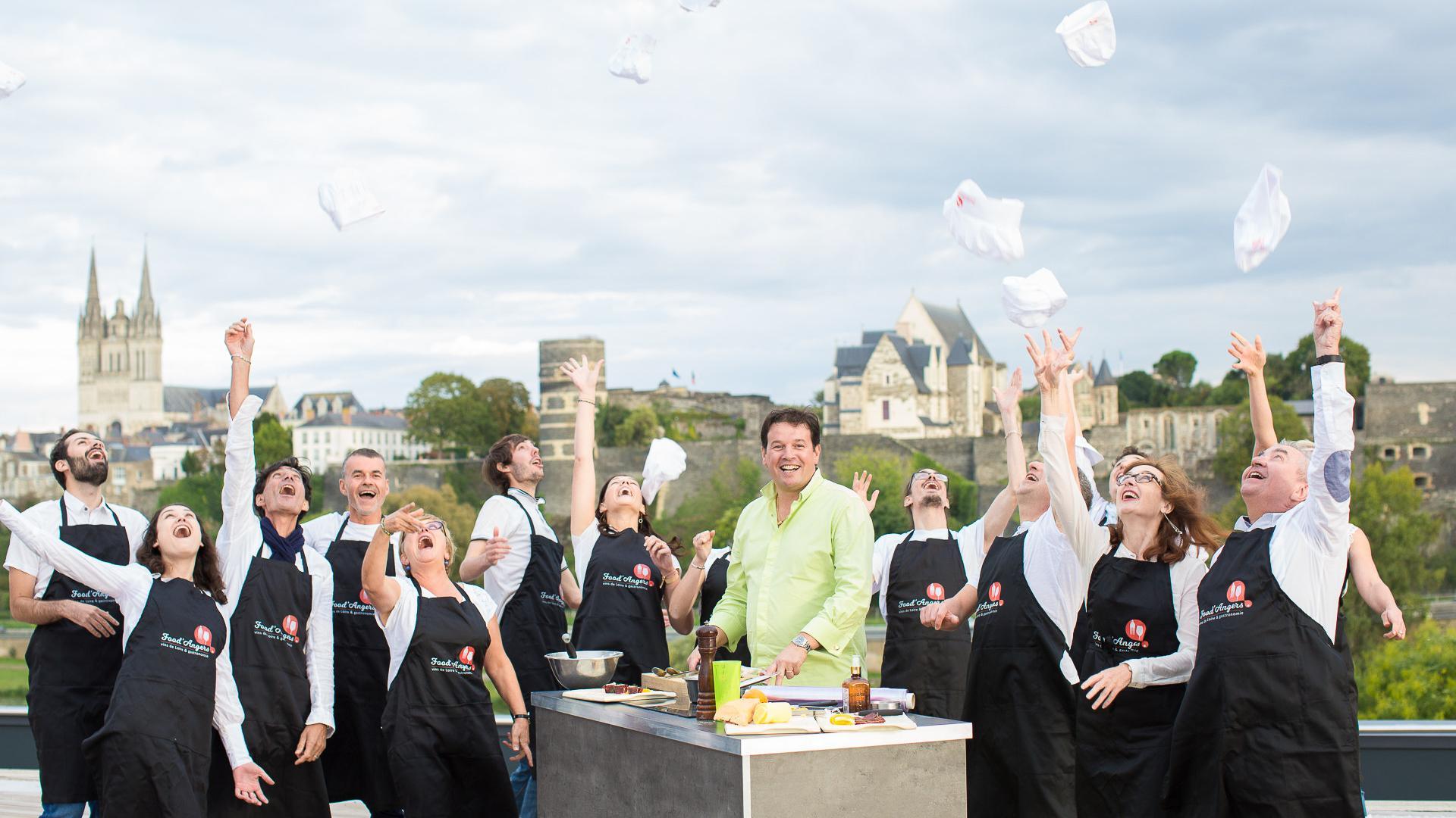 Incentive Cours De Cuisine Sur La Terrasse Du Quai Copyright Pierre Le Targat Destination Angers 3498 1920px