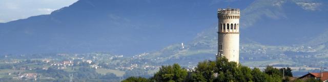 vue-du-hameau-et-des-bauges.jpg