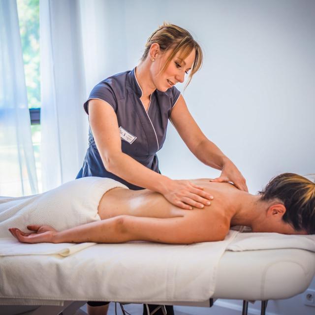 Massage femme Allevard-les-Bains