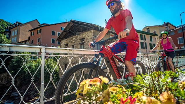 Promenade en Vélo à Assistance électrique à Allevard-les-Bains