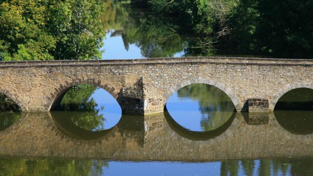 Le Pont Roman de Beaumont-sur-Sarthe