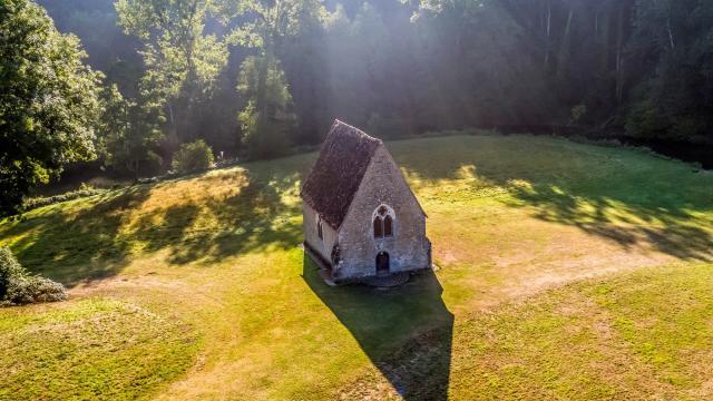 Chapelle du Petit-Saint-Céneri