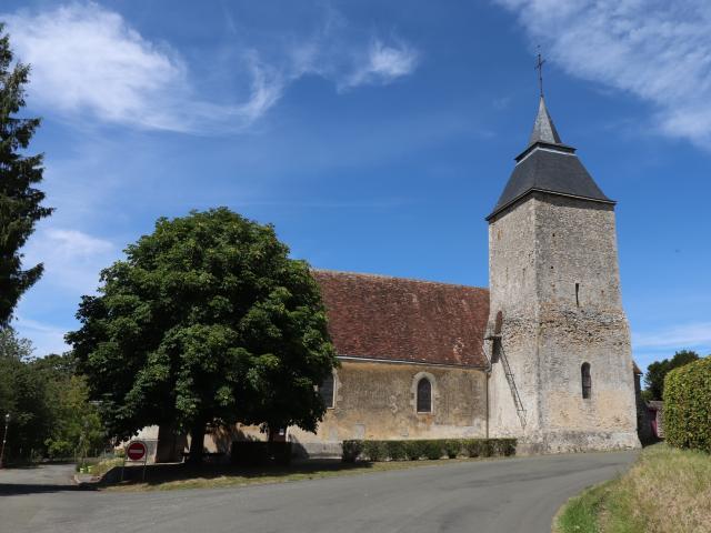 L'Église Saint-Julien de Bourg-le-Roi