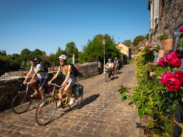 La Rue du Bourgneuf en vélo