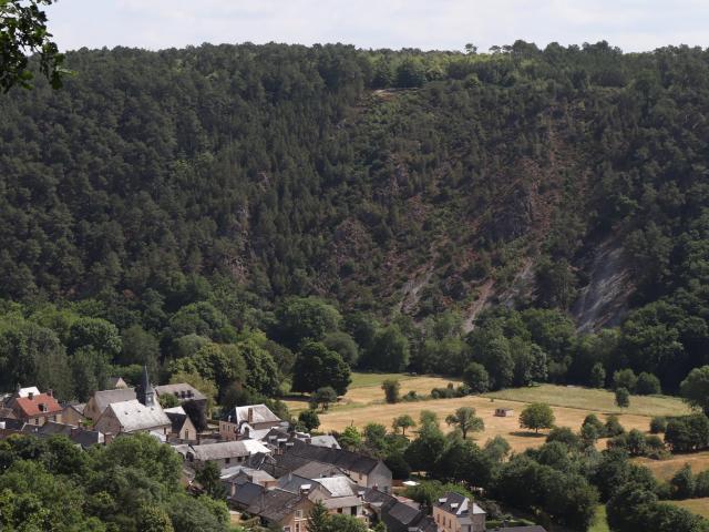 Le Mont du Haut-Fourché et son pierrier
