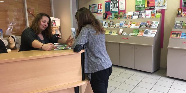 Accueil à l'Office de Tourisme de Fresnay-sur-Sarthe