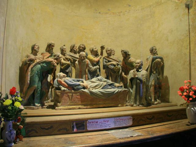 La Dormition de la Vierge dans l'église de Saint-Léonard-des-Bois