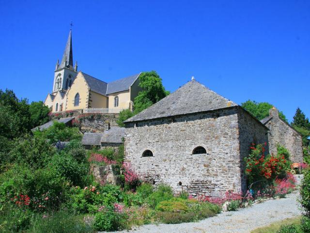 L'Église Saint-Paul de Saint-Paul-le-Gaultier