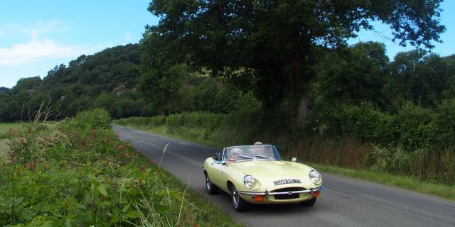 Balade en voiture dans les Alpes Mancelles