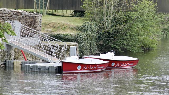Barques électriques à Fresnay-sur-Sarthe
