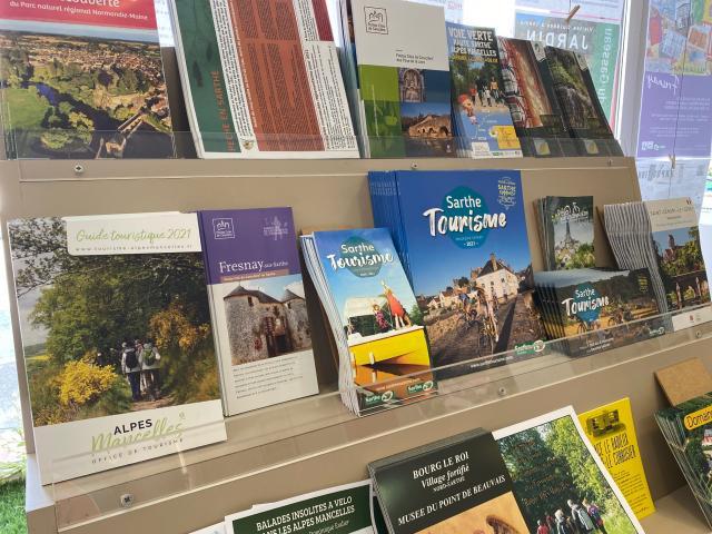 Brochures Alpes Mancelles