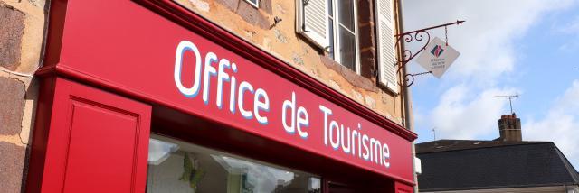 Facade de l'Office de Tourisme à Fresnay-sur-Sarthe