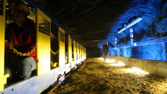 Le petit train, La Mine Bleue