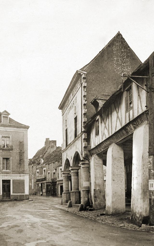 cartes-postales-anciennes-cand-rues-et-les-halles-3.jpg