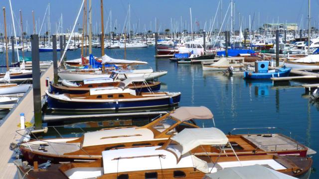 Bateaux De Plaisance Port Arcachon