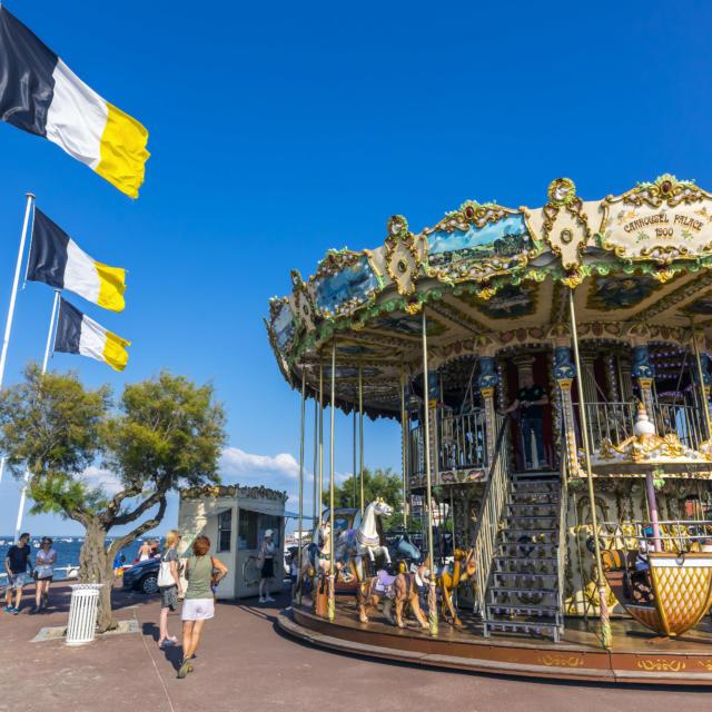 Carrousel Eyrac3