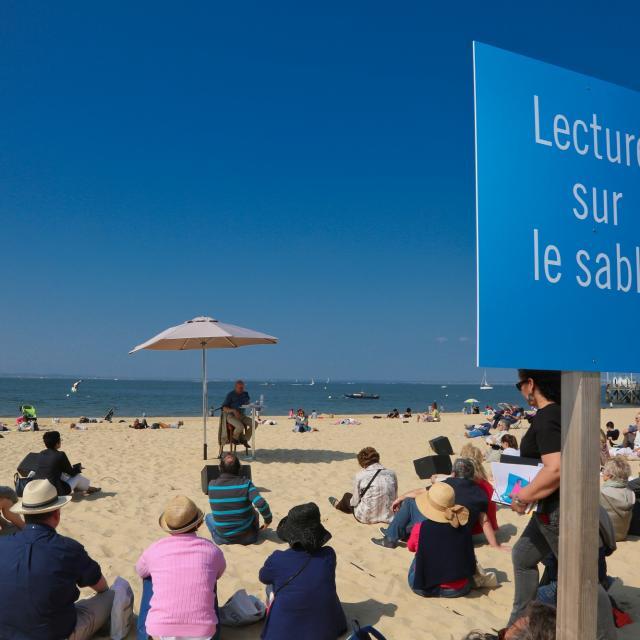 Lecture Sur Le Sable