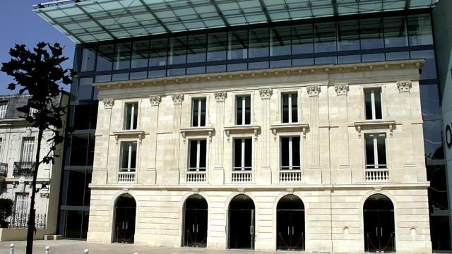 façade Olympia