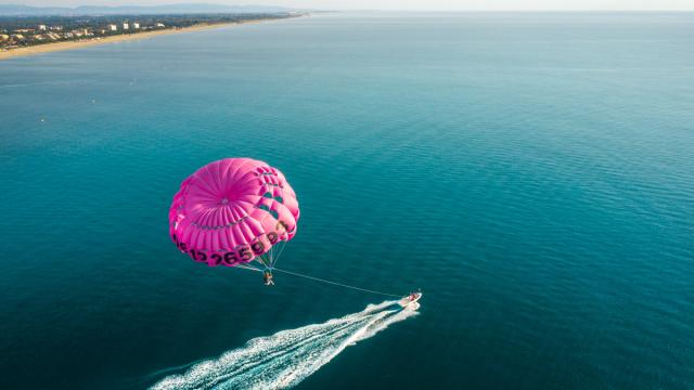 parachute-ascensionnel-argelestourisme-isabelle-fabre-1919-1200px.jpg