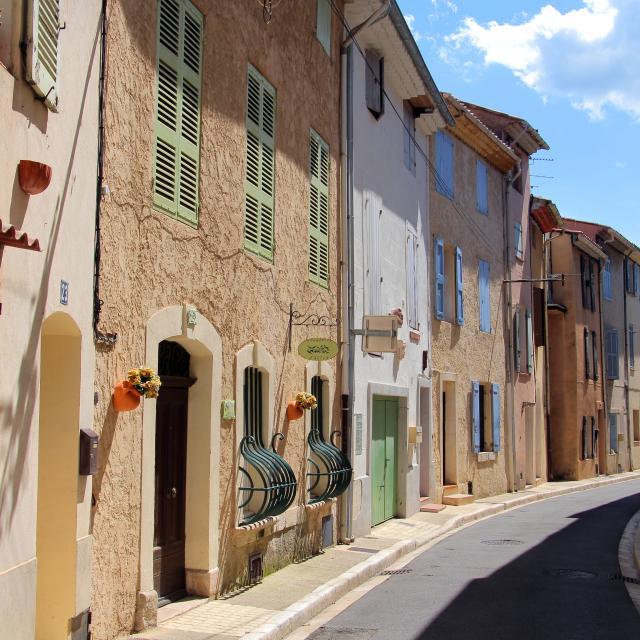 Rue Provence Saint Zacharie Oti Aubagne