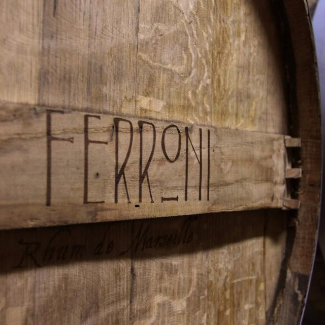 Tonneau Maison Ferroni Oti Aubagne