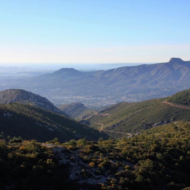 Aubagne Garlaban Ruissatel Etoile Panorama Espigoulier Oti Aubagne