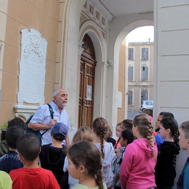 Enfants Scolaires Guide Eglise La Treille Oti Aubagne