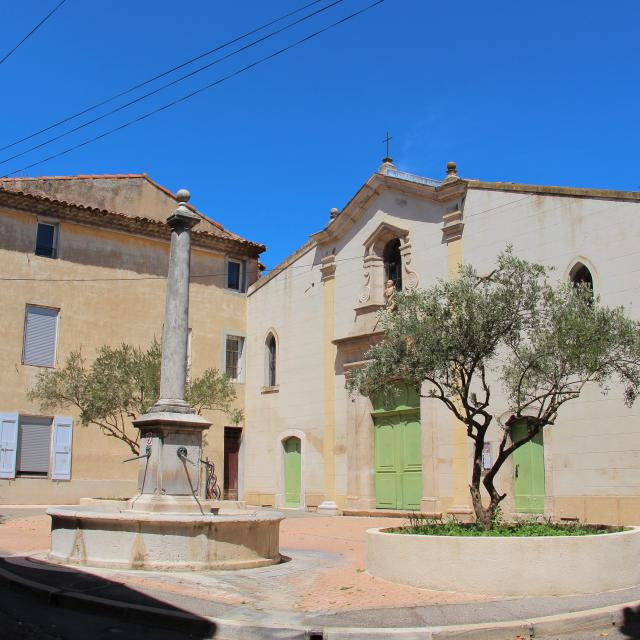 Fontaine Eglise Saint Zacharie Oti Aubagne
