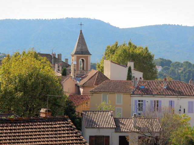 La Treille Village Clocher Oti Aubagne