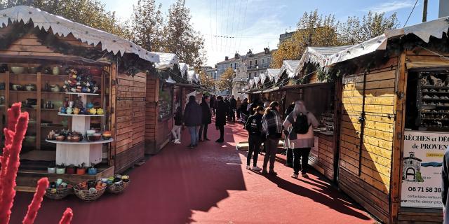Poterie Massucco-atelier3D - allée du marché au santon et à la céramique d'hiver - OTI Aubagne