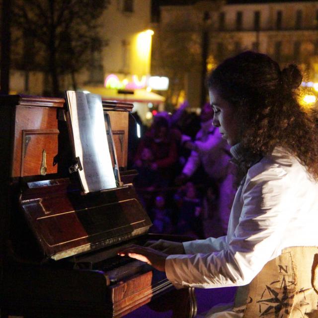 Pianiste Grande Parade Soiree Aubagne Oti Aubagne