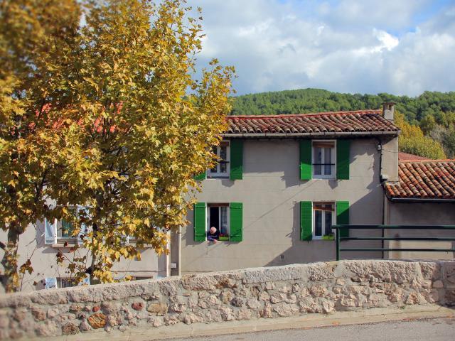 Place La Destrousse Oti Aubagne