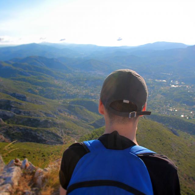 Randonneur Paysagne Panorama Massif De L'etoile Nature Oti Aubagne