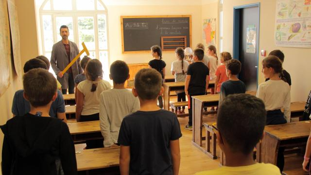 Scolaires Enfants Animation Classe Ancienne Dictee Pagnol Chateau Buzine Oti Aubagne