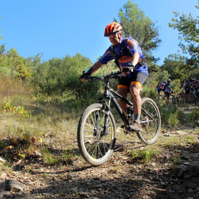 Vtt Descente Garrigue Sport Nature Oti Aubagne
