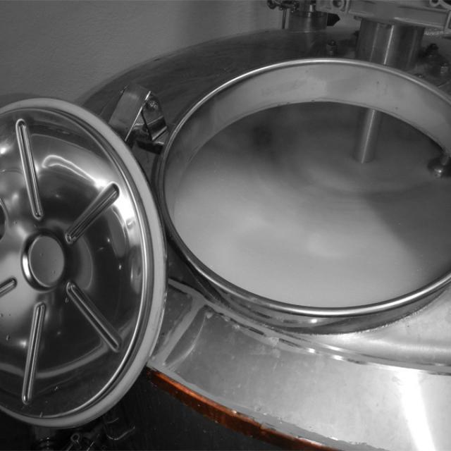 les-deux-font-la-biere-brassage-producteur-pays-daubagne.jpg