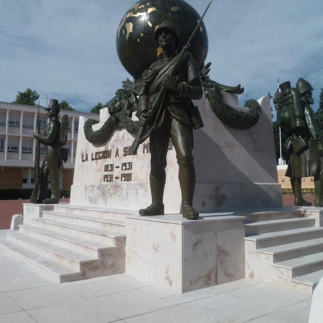 monument-aux-morts-legion-etrangere-oti-aubagne-scaled.jpg