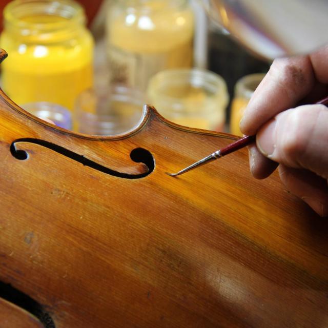 Artisanat Luthier à Aubagne
