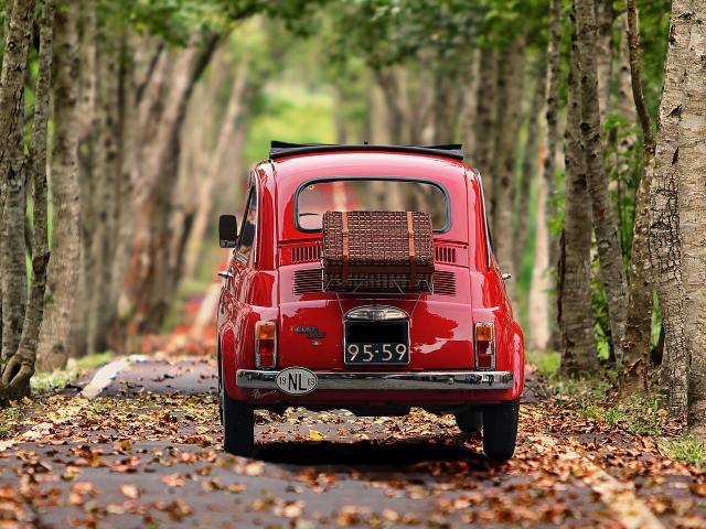 Voiture vintage-route-sereinité