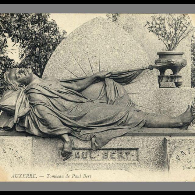 Cimetière Saint Amâtre © Archives Ville D'auxerre