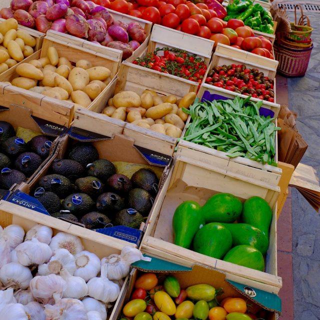 Rue St Pierre Fruits Légumes Marché (2)