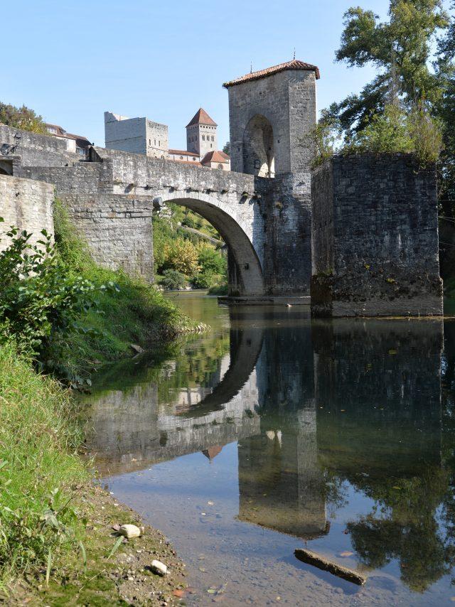 Pont De La Légende à Sauveterre De Béarn