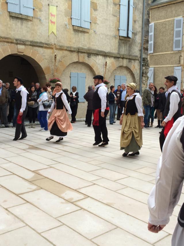Les Danseurs De Castetnau