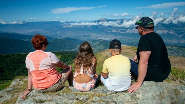 Panorama au sommet de Prapoutel sur la vallée du grésivaudan