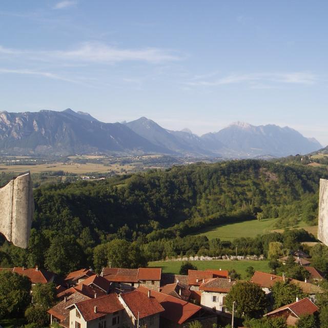 Vue Combe de Savoie depuis la tour d'avalon