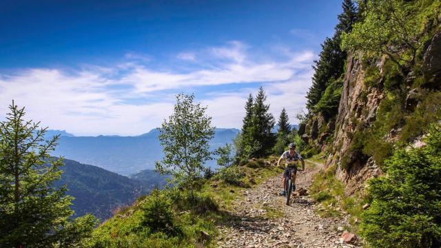 VTT dans le massif de Belledonne aux 7 Laux