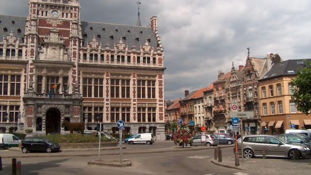 schaerbeek-place-colignon-01.jpg