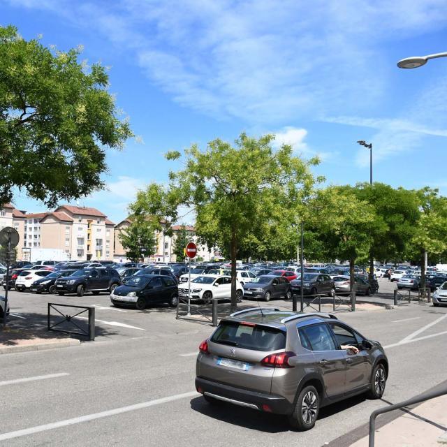 Parking Chp Foire1 ©ville De Bourg En Bresse Serge Buathier
