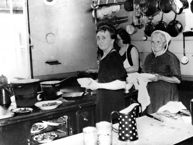 Photo ancienne de cuisine
