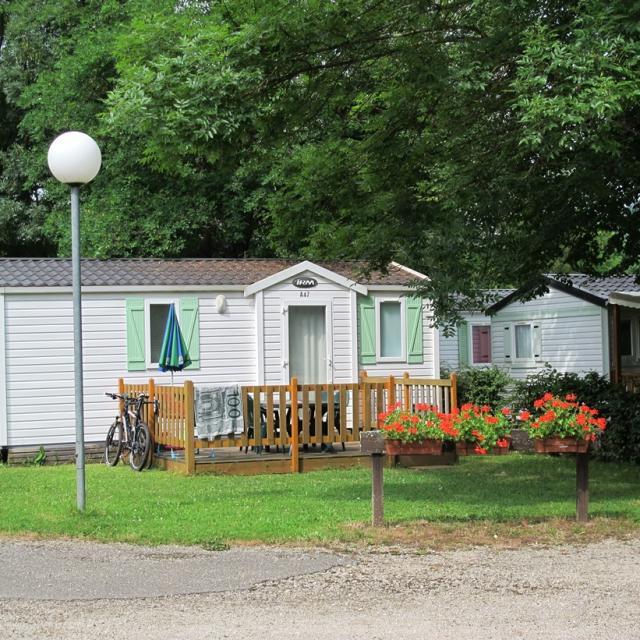 Camping De L'ile Chambod